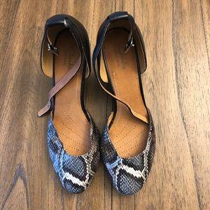 "Women's Clarks ""Artisan"" shoes, Size 8"